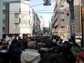 東京大神宮初詣の行列