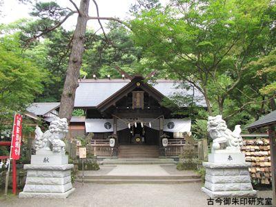 春日山神社拝殿