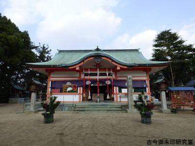 魚住住吉神社拝殿