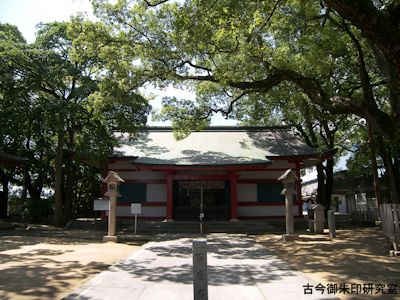 大依羅神社拝殿