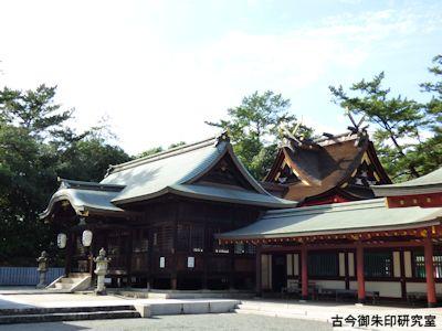 野上八幡宮社殿