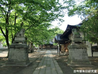 美和神社(長野)境内と参道