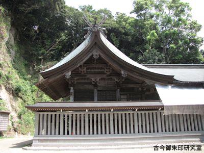 高瀧神社本殿
