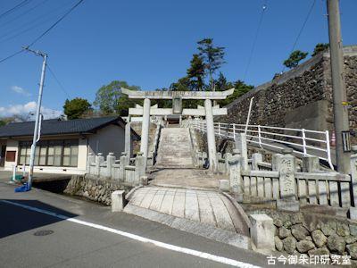 川上神社一の鳥居