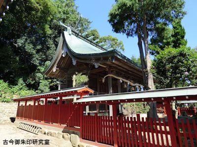 川上神社本殿