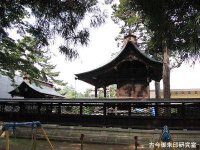 松岬神社本殿