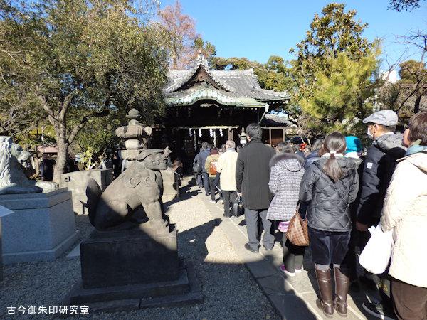 三囲神社社殿