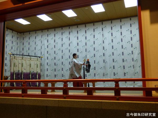 赤坂日枝神社巫女舞