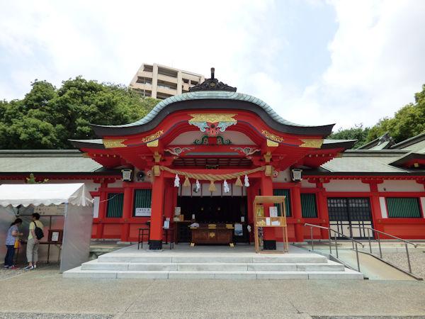 金神社拝殿